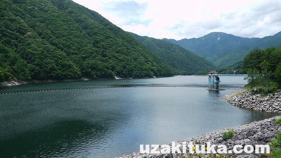 「広くて静かな山の奥にあるダム」山梨県:広瀬ダム